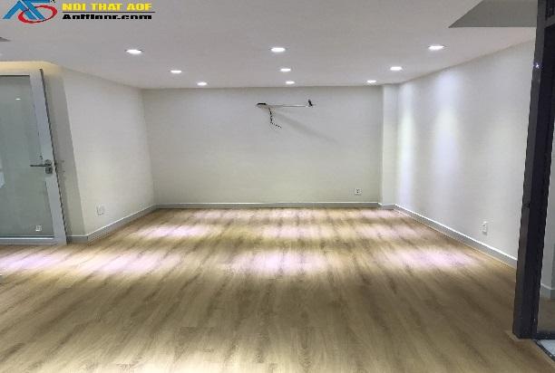 Lắp đặt sàn nhựa hèm khóa AP - 4901  cho phòng vẽ
